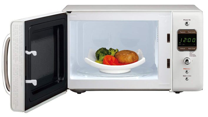 Daewoo KOR-7LREW Retro Countertop Microwave Oven 0.7 Cubic Ft.