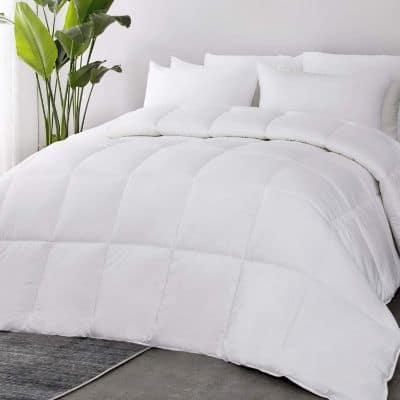 Bedsure 100% Cotton All-Season Quilted Down Alternative Comforter Queen