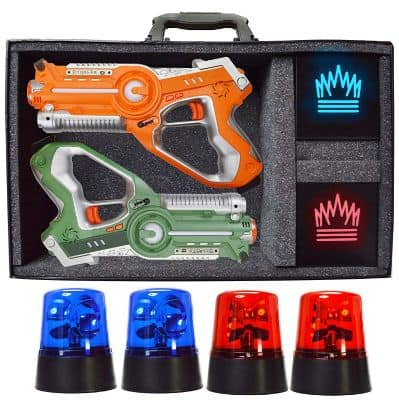 Dynasty Toys Capture The Flag - Glow in The Dark Yard Games